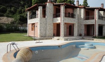 Luxury Villa with Private Pool For Sale in Halkidiki