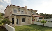 5 Bedroom Semi-Detached House For Sale in Halkidiki