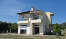 Simple Detached House For Sale in Kassandra Halkidiki