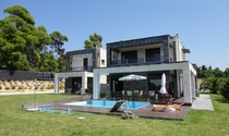 Exceptional Modern Deluxe Villa For Rent in Halkidiki