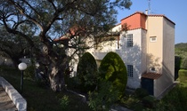 Ideal Holiday House For Sale in Halkidiki with a Sea View