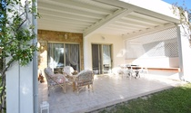 Splendid Beachfront Halkidiki Villa For Rent Sleeps 4-6