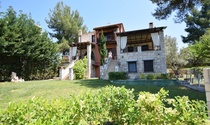 Alpine Halkidiki Villa For Sale with Superb Mountain Views